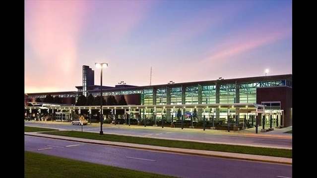 XNA Sees Significant Increase in Air Travelers This Summer