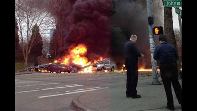 News Helicopter Crashes Near Seattle Space Needle, Killing 2