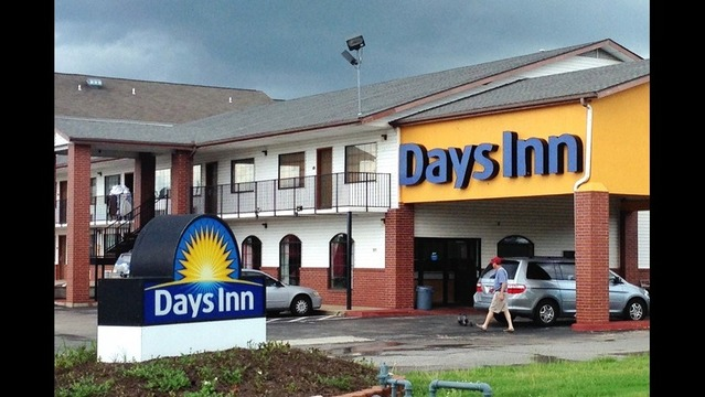 Fayetteville Fraud Sting Nabs 6 People in Hotel Bust