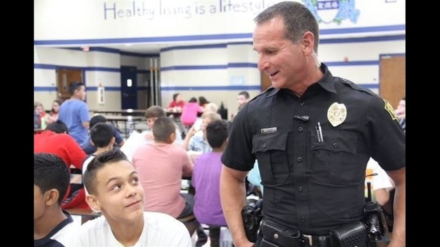 Police Join Kids Back to School in Springdale
