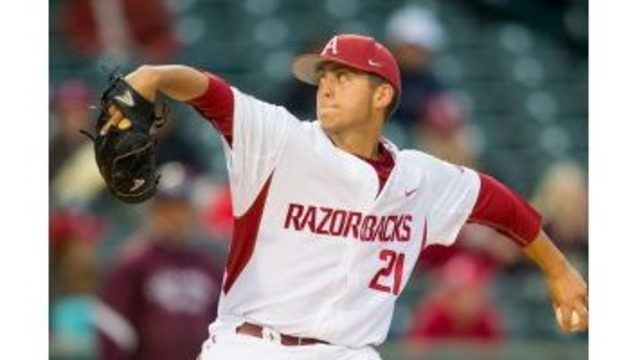 Murphy Dominates, Hogs Beat Memphis in North Little Rock