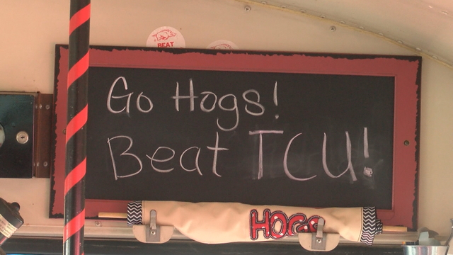 Hogs trade punches with TCU in first half