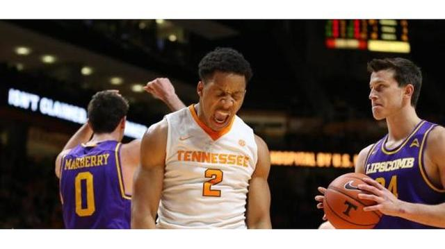 Tennessee vs. Arkansas College Basketball Predictions Against The Spread