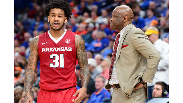 Razorbacks Fall To Tennessee in SEC Semifinals 84-66