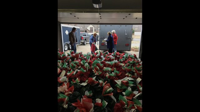northwest arkansas homebound seniors given early christmas gifts