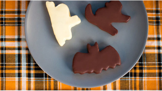 4 Healthy Halloween Treats from Edible Arrangements