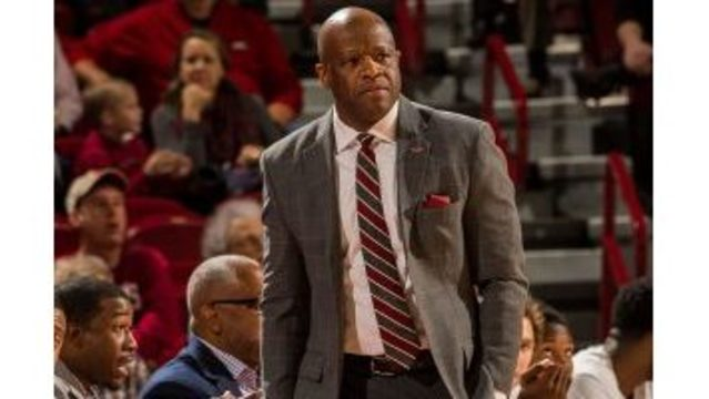 Arkansas basketball players announce intentions to transfer