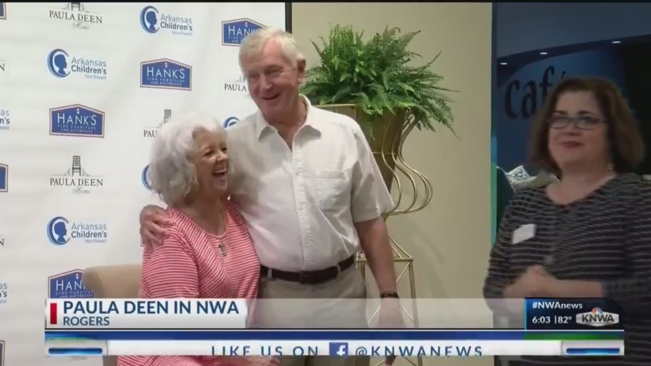 Celeb Chef Visits NWA Furniture Store During Fundraiser