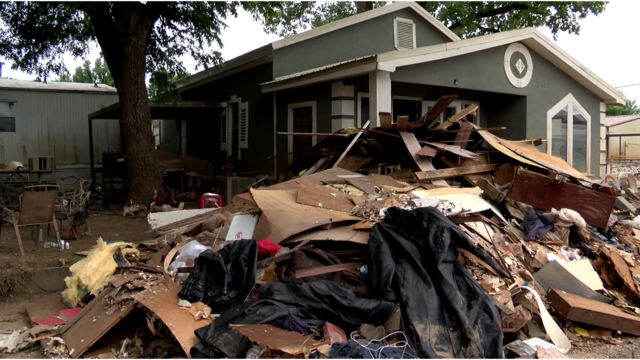 """""""This is home to me"""": Moffett Oklahoma flood victims hold on to hope despite damage"""