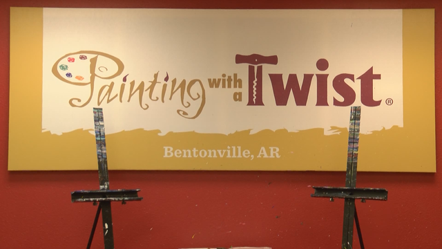 Painting with a Twist raises money to fight Alzheimer's